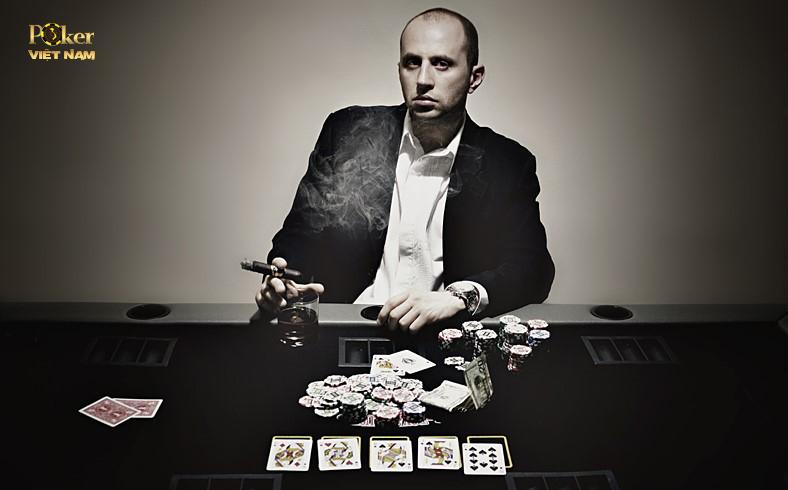 cách đánh poker với shortstack