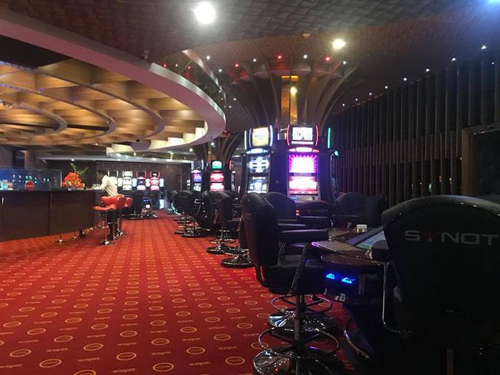 Poker club can tho.jpg