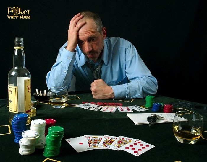 5 lỗi cơ bản người mới chơi Poker thường gặp phải